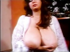 Babe, Big Boobs, Brunette, Masturbation